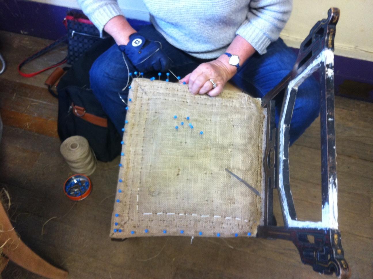Ou Acheter Des Sangles De Tapissier tapisserie – réfection de sièges | mlc de taverny